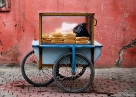 LE NUOVE TENDENZE ALIMENTARI : LO STREET FOOD